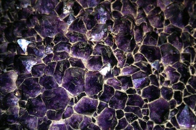 giant-amethyst-2-1190336